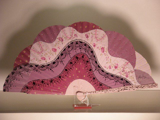 hand painted spanish fan, abanico pintado a mano