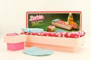 197 best images about barbie 70 39 s on pinterest mattel for Barbie dream house bedroom