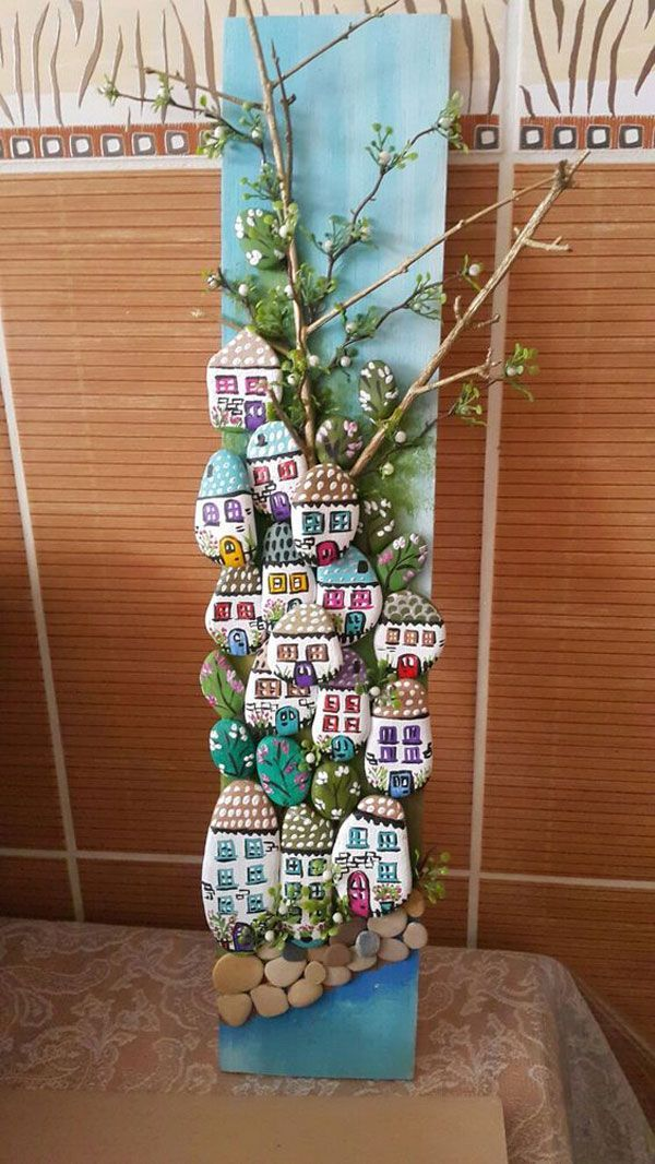 Painted Stone Town, DIY painted stone decorations that you