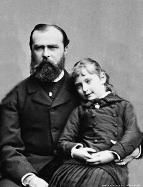 Little Alix with dad Grand Duke Louis IV of Hesse The future Empress Alexandra of Russia.