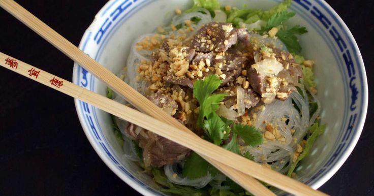 Bo bun. La salade composée version cuisine vietnamienne.. La recette par Chef Simon.