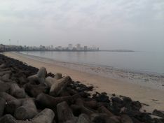 Travel to Mumbai; Evening to Morning, visiting places, having fun