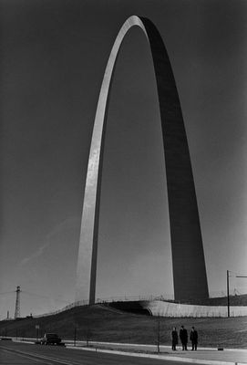 The St. Louis Arch designed by Eero Saarinen: Louis Missouri, Saint Louis, Arches, Eero Saarinen, Gateway Arch, St. Louis, Architecture, Place