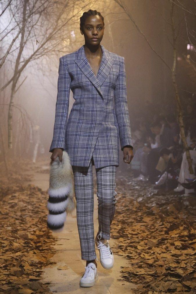 OFF WHITE Virgil Abloh Fall Winter 2017 Collection Paris Fashion Week