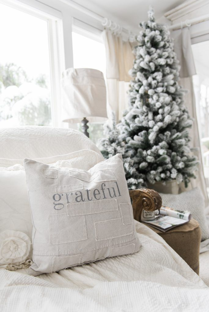 liz marie blog | farmhouse holiday living room tour