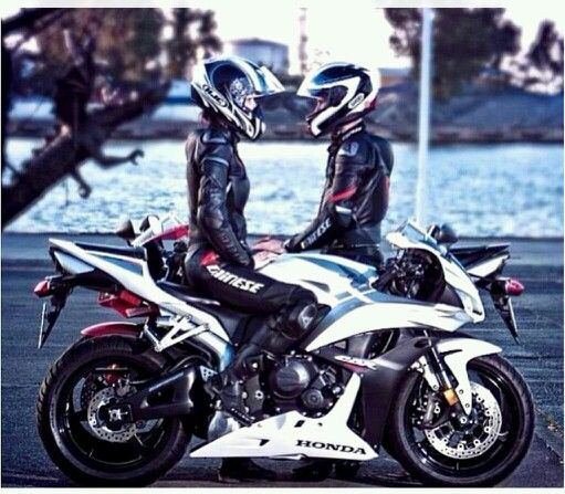 Couples ride together, stay together...unless you ride faster than your significant other =P
