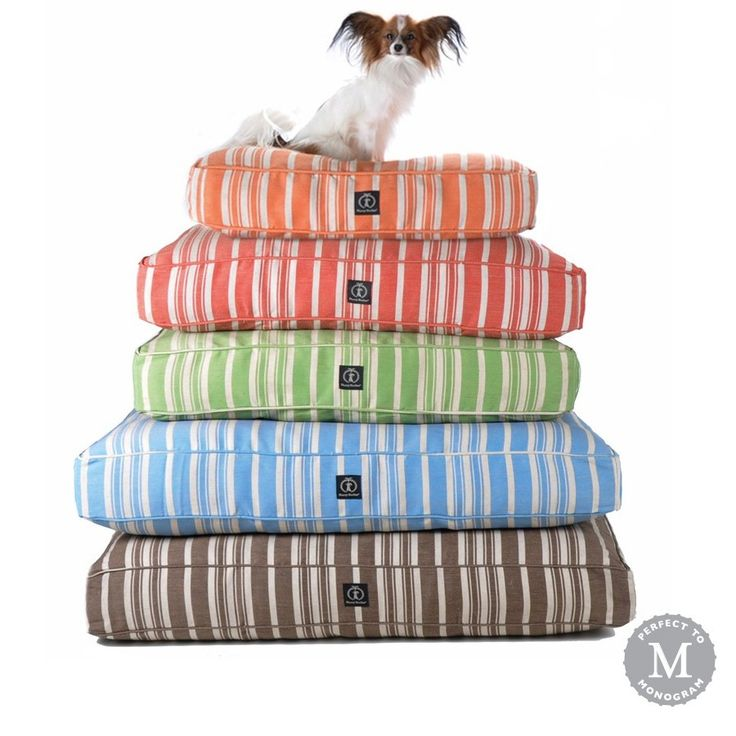 Reduce your carbon paw print with eco-friendly dog beds from Harry Barker. Extremely durable, our Classic Stripe Dog Beds are naturally mildew resistant and use only non-chemical, earth-friendly dyes.