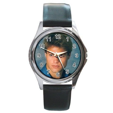George Stults2 Round Metal Watch