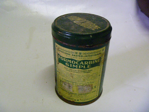Vintage  Rusty  Medicine Tin  French by JanniesJunkandJems on Etsy, €5.00