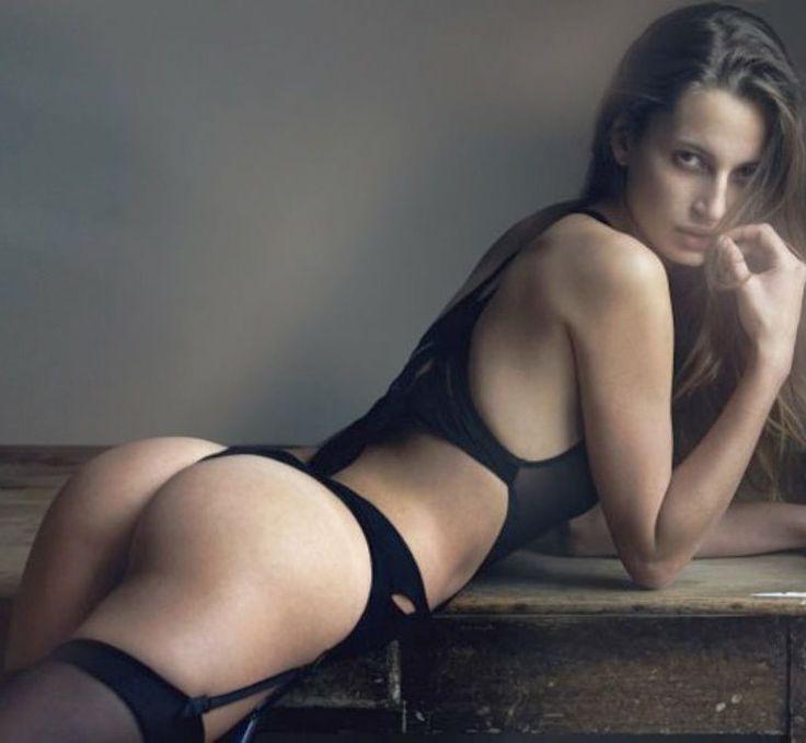 belle mere nue model escort