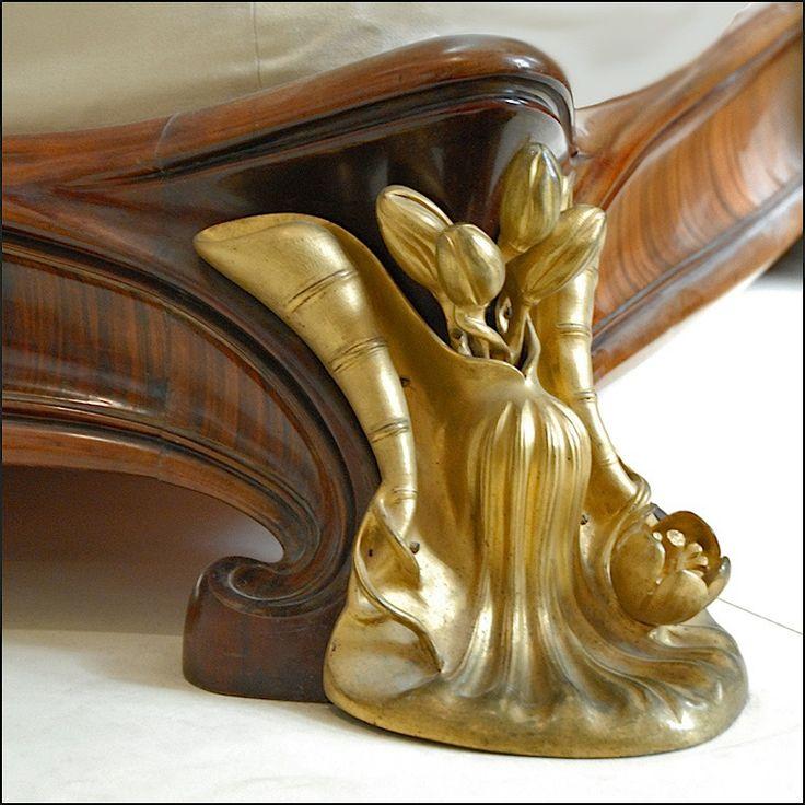 Art Nouveau - Lit (éléments du pied) - Louis Majorelle