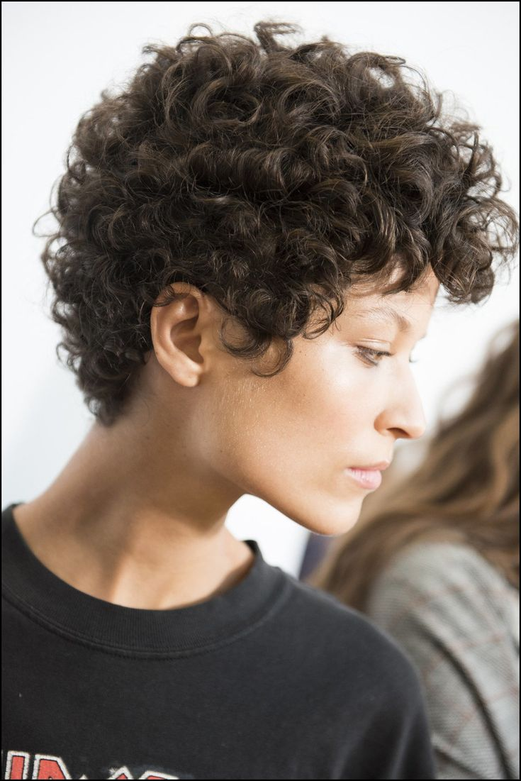 effektive stile für kurzes, krauses haar - meine frisuren