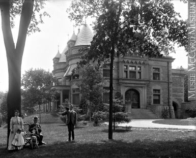 James Ross house, Peel Street, Montreal, QC, about 1910