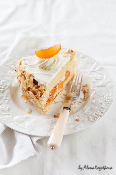 "Абрикосово-сливочный торт ""Шифон"""