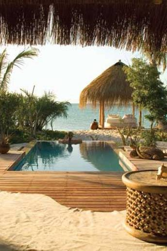 Set in the paradisiacal Bazaruto Marine Park on Benguerra Island, just off the coast of Mozambique, Azura is a gem of a property. Hand-built wooden and thatched villas perch on a secluded white sand beach in amongst beautiful tropical gardens.