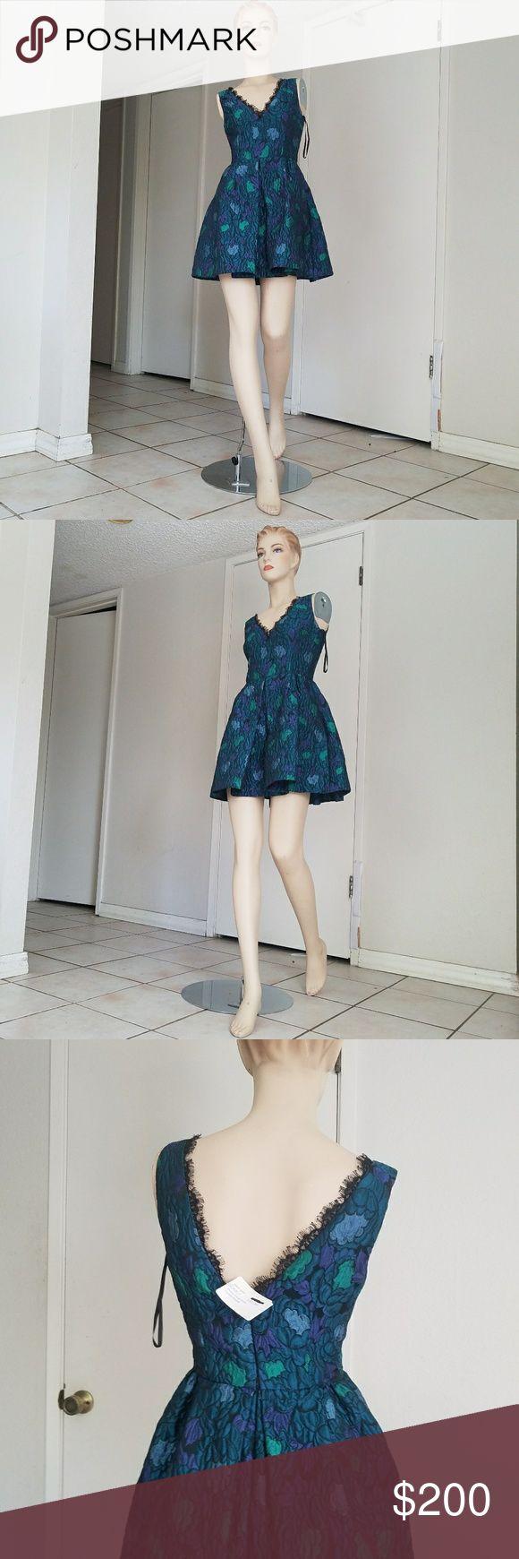 $440 NWT Cythia Rowley jacquard New with tag short dress size 2 check my listing for Bebe, Bcbg, Versace, Anthropologie chanel bag sachin babi halston heritage Cynthia Rowley Dresses Mini