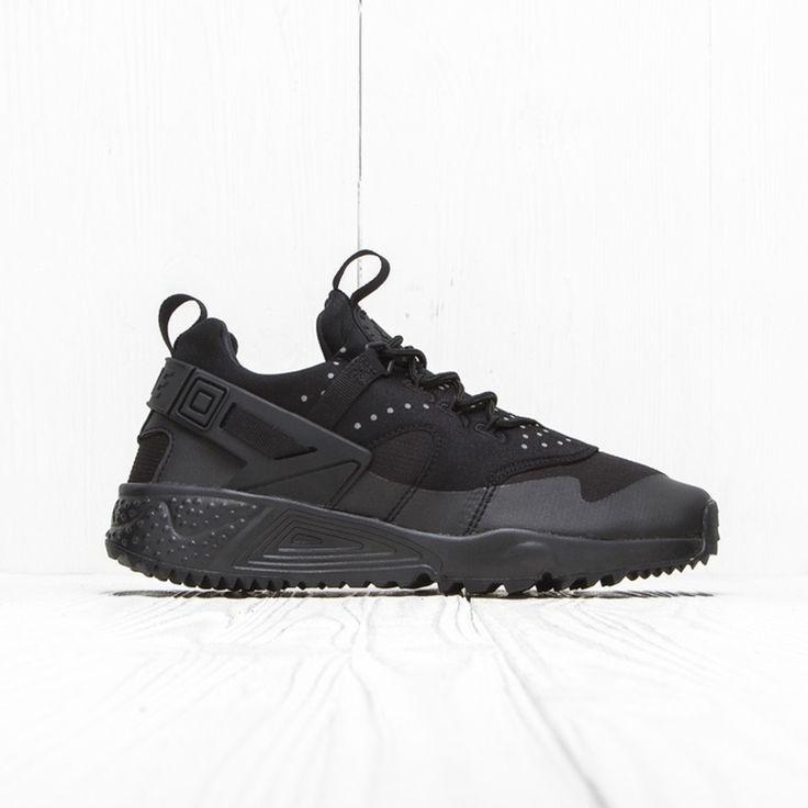 Nike Nike Air Huarache Utility Triple Black 806807 004 7 Us Size 7 $230 - Grailed