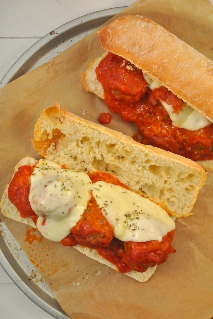 Italiaans broodje gehaktbal uit de oven