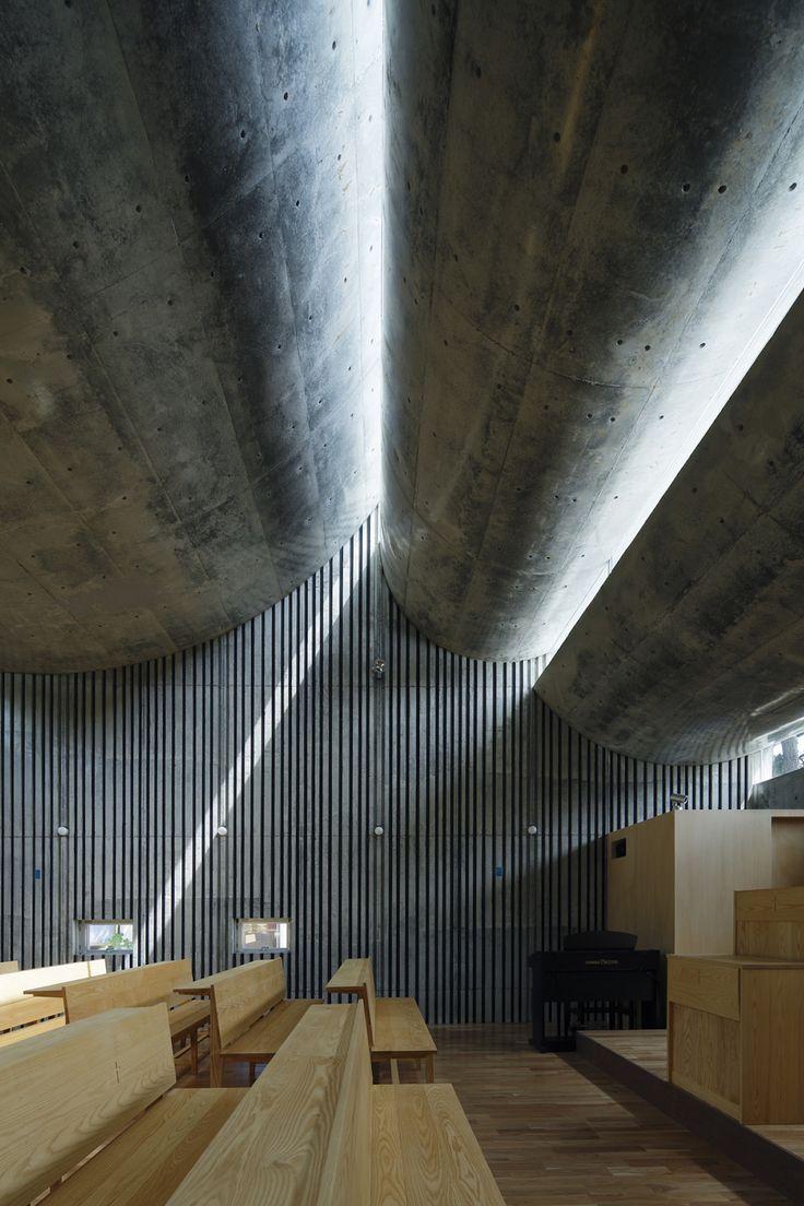 Takeshi Hosaka Architects: Shonan Christ Church — Thisispaper — What we save, saves us.