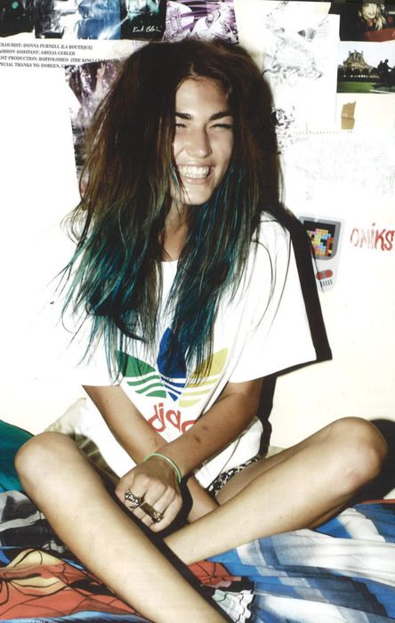 brown hair dip dyed blue via Hair Colors Ideas. This is what mine looks like now. Its cute but hard to cover up