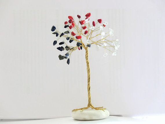 4th of July decor, Patriotic day, Independence day, Presidents day, Memorial day, Military gift, American decor, Red blue white wire tree