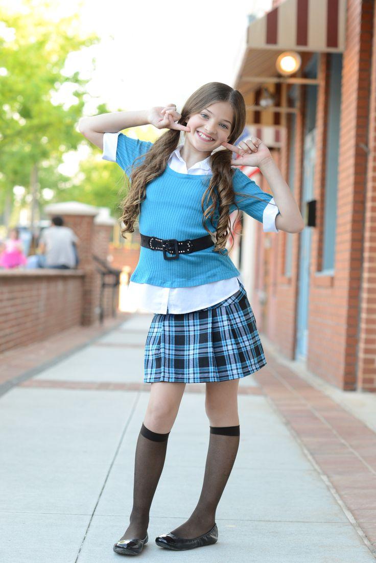 Cute teen schoolgirls — photo 14