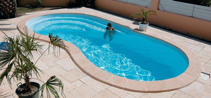 16 astuces pour économiser l'eau facilement noté 3.43 - 7 votes 9 – Remplir la piscine à moins de 20 cm du bord afin d'éviter les éclaboussures. 10 – Laver la terrasse et le garage avec un seau et pas un tuyau, c'est tout aussi efficace et bien plus économique. 11 – Remplir un bol...