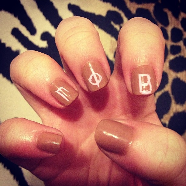 Gamma Phi Beta nails