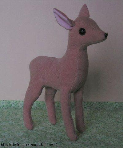MAMÍFEROS:   Bambi 3 ( básico de fieltro).      De ojos grandes como el cervatillo Bambi. 10 centímetros de altura. El relleno es de fibra d...
