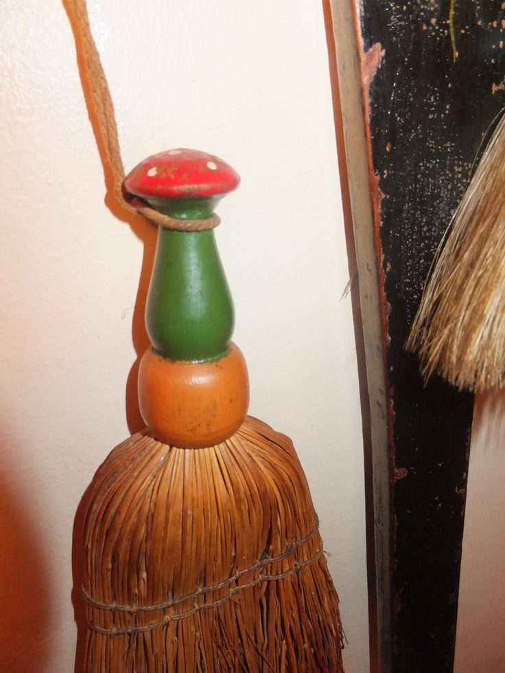 The toadstool brush ....