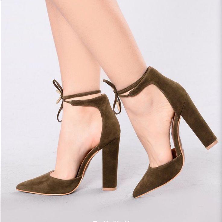 Fashion nova shoes olive heels color green size 8
