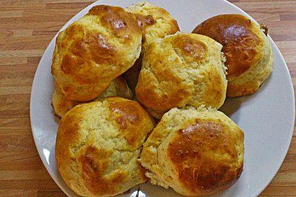 Kinderbrötchen, ein raffiniertes Rezept aus der Kategorie Brot und Brötchen. Bewertungen: 39. Durchschnitt: Ø 4,4.