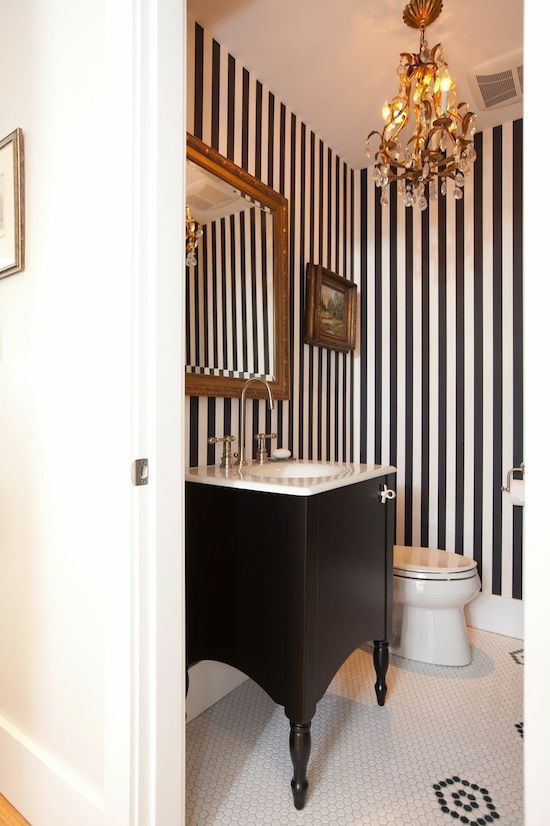 Striped Wallpaper Bottom Paint Top In Small Bathroom: 25+ Best Ideas About Vertical Striped Walls On Pinterest