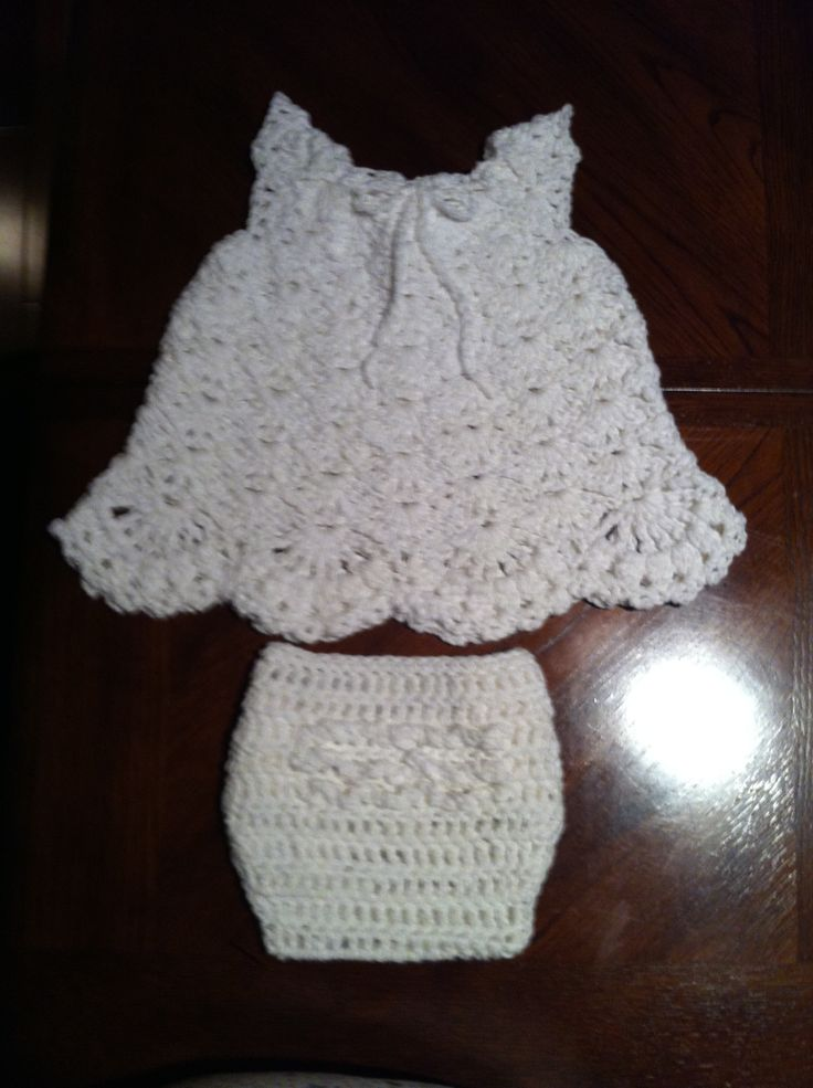 Shell Baby Dress with Diaper Cover  100% Cotton  Pattern from Youtube Tutorial Sarah Cooper for dress and   Pattern from free crochet pattern by Kelly Carpo for Ruffled Diaper Cover
