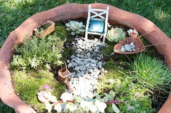 Mini gardens for skillful enthusiasts  idea 1