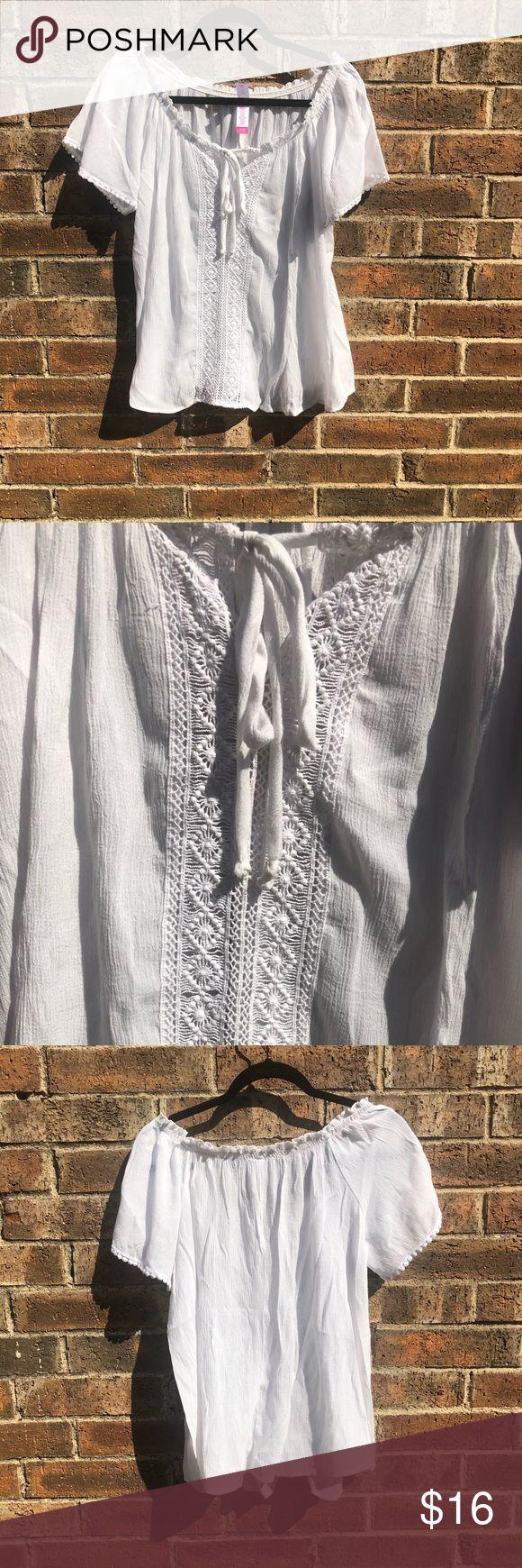 White Spanish Style Shirt 46% rayon  39% polyester  15% cotton No Boundaries Tops Tees - Short Sleeve