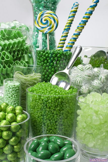 Green Candy BuffetCandies Jars, Green Candies, Sweets Tables, Emeralds Green, Candies Buffets, St Patricks Day, Candies Bar, Shades Of Green, Candies Tables