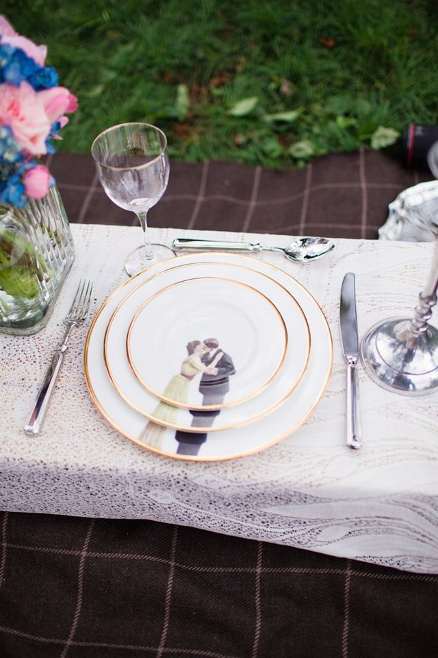 Kissing plates | Cat Hepple Photography and @FRweddingstyle | see more on: http://burnettsboards.com/2014/06/romantic-french-boho-elopement/
