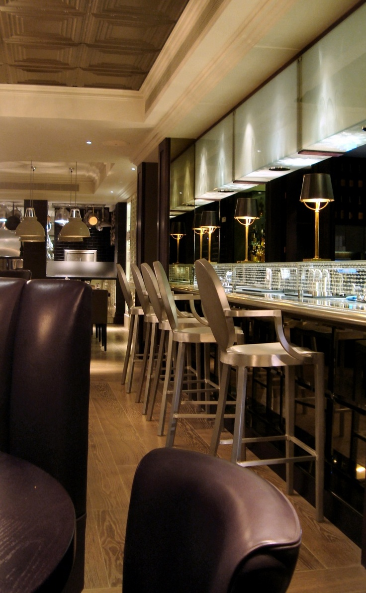 Arch Hotel Bar in London uses the classic and stunning Emeco Kong barstool. http://projectdecor.com/brands/view/id/171