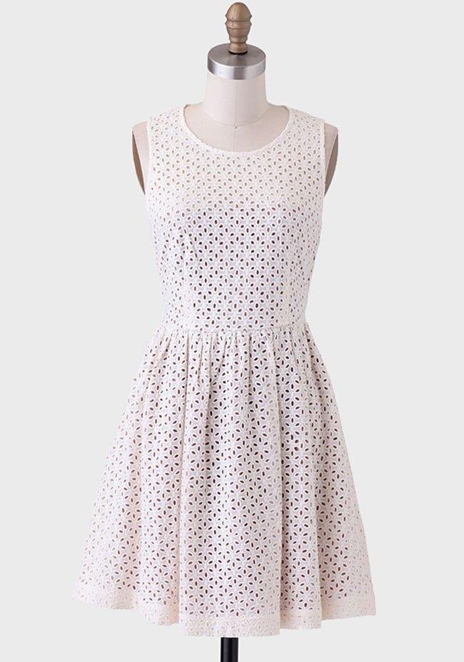 e6481c17491fc5b211558c3486615113  eyelet dress bridal dresses - Bridal Dresses