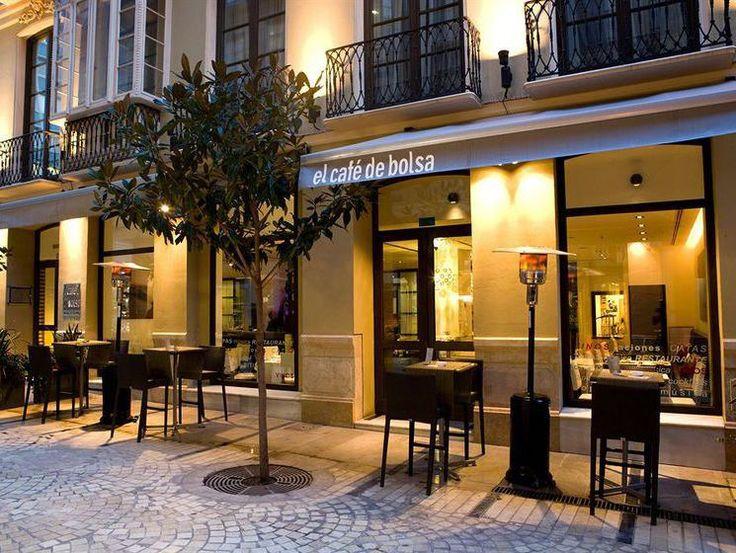 Los mejores hoteles en Málaga centro y alrededores. Hoteles 5 estrellas, hoteles 4 estrellas, hoteles 3 estrellas, los más baratos y los que mejores servicios prestan y más garantías ofrecen.