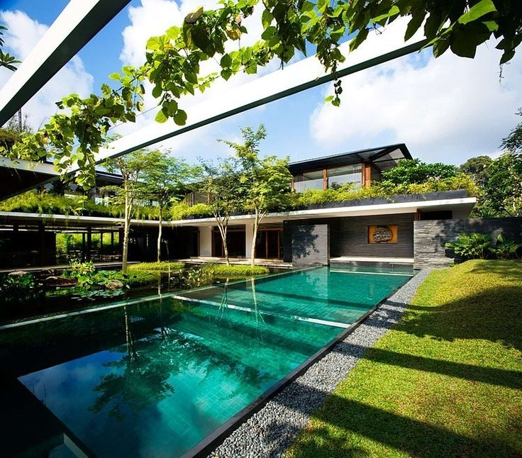 Cluny House by Guz Architects: wow! I could use a few weeks in an oasis like this right now...
