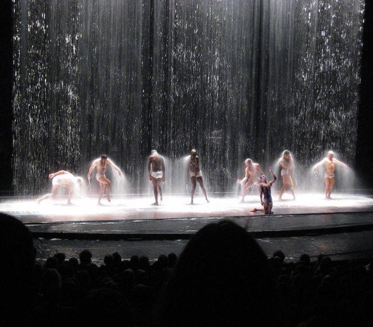 lluvia escenario rain stage