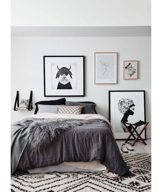 Дизайнерский ковер на пол: новый взгляд на оформление пола? (фото) http://happymodern.ru/kover-na-pol-45-foto-perezhitok-proshlogo-ili-stilnaya-detal-interera/ Спальня в скандинавском стиле в черно-белых тонах