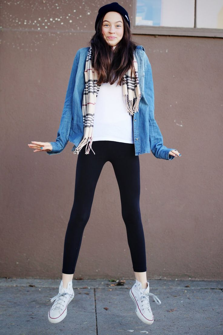 How to wear leggings with white converse  http://melonkiss.com/how-to-wear-leggings-with-white-converse/
