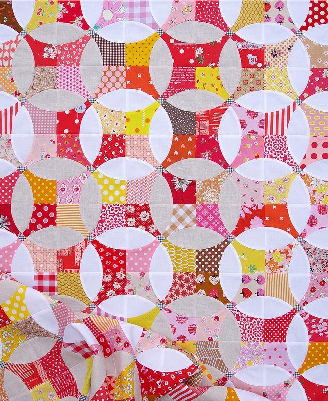 A modern flowering snowball quilt