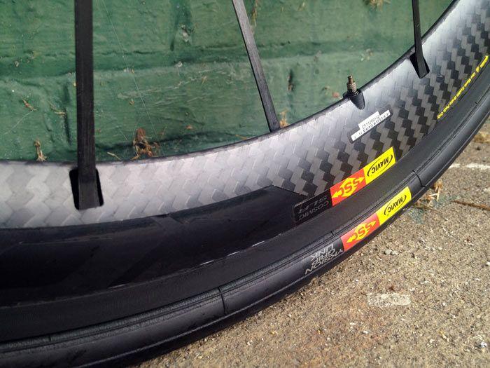 2012-Mavic-Cosmic-Carbone-SLR-Exalith-road-bike-wheels-review03