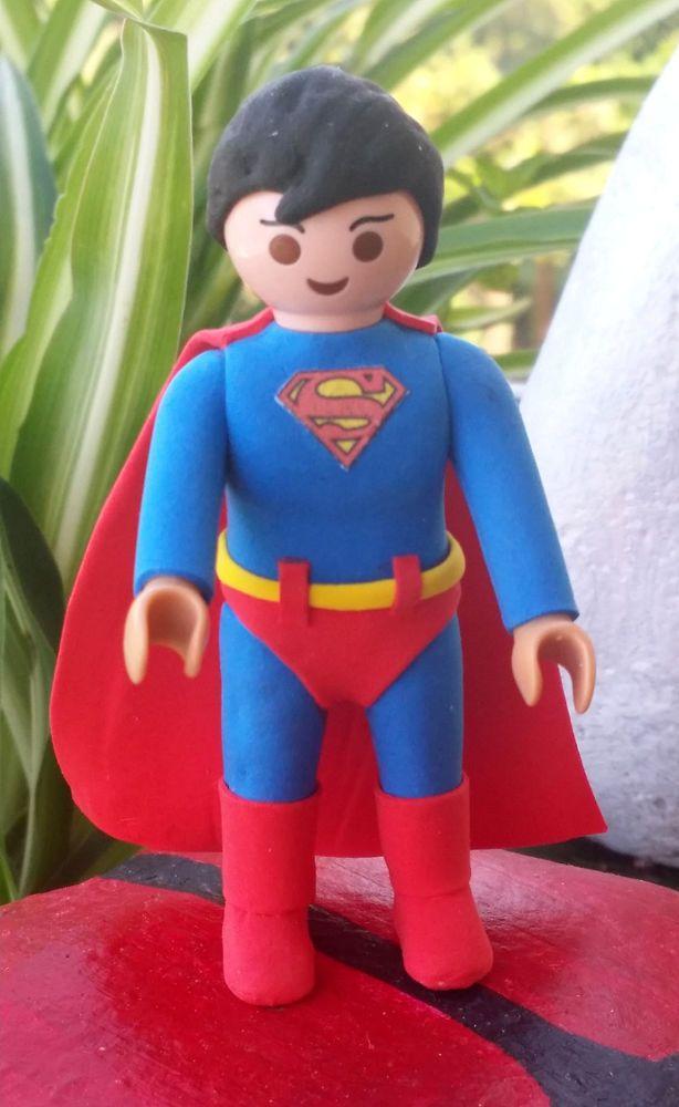 FIGURA PLAYMOBIL CUSTOM SUPERMAN - PELICULAS - COMIC