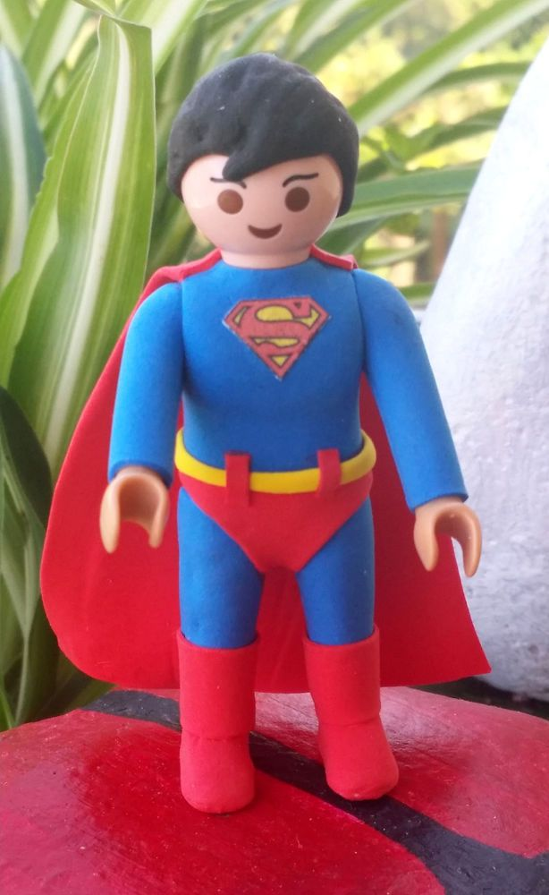 FIGURA PLAYMOBIL CUSTOM SUPERMAN - PELICULAS - COMIC