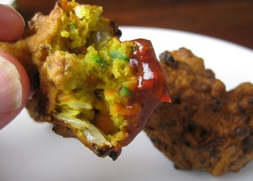 Vegetable pakora with tamarind sauce- eliminate the flour and bake for indian spiced latkes